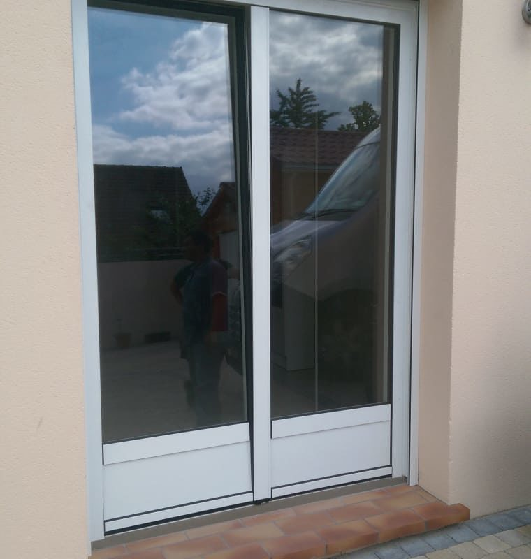 Porte-fenêtres rénovation maison appartement zilten Ose Fermetures Artisan Menuiseries Extérieures1