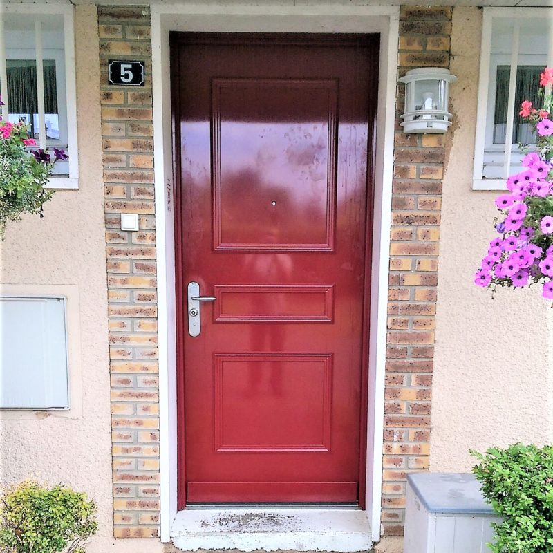 Portes d'entrée rénovation maison appartement zilten Ose Fermetures Artisan Menuiseries Extérieures1